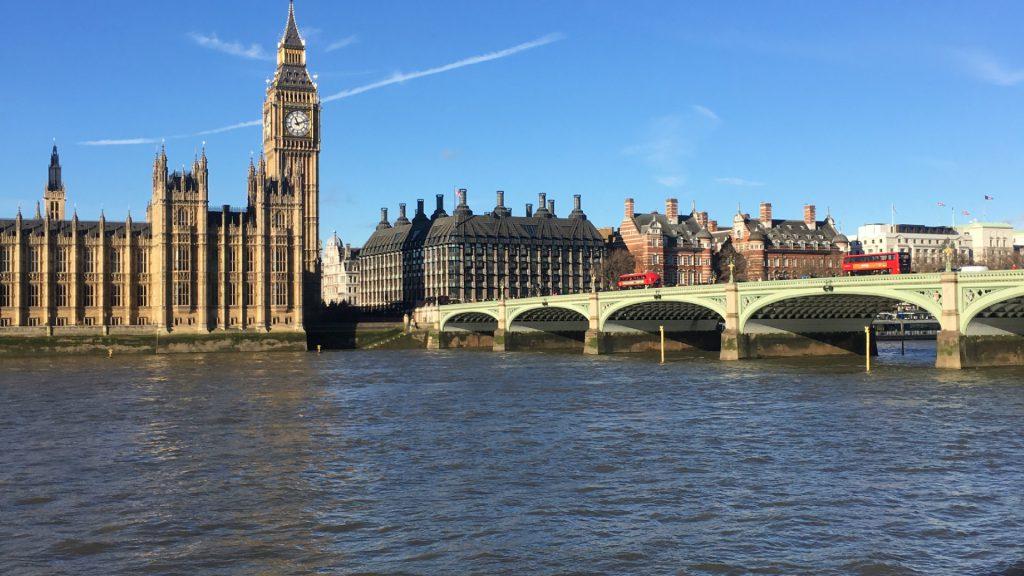 westminster bridge over thames london removal